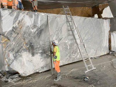 estrazione marmo